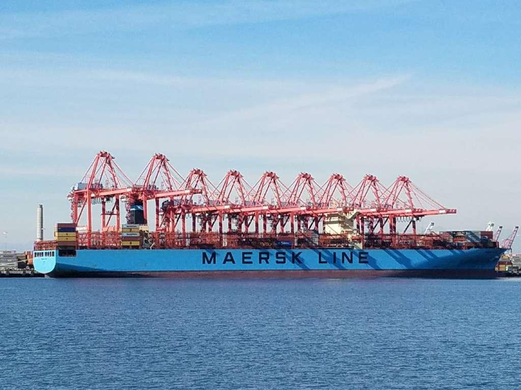 03-13-17 Maersk Vessel